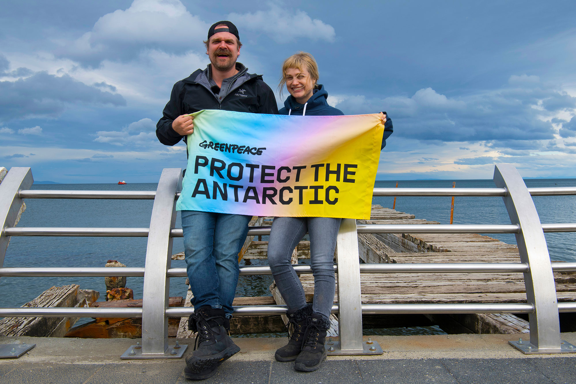 Lovers-Greenpeace-Antarctic-014