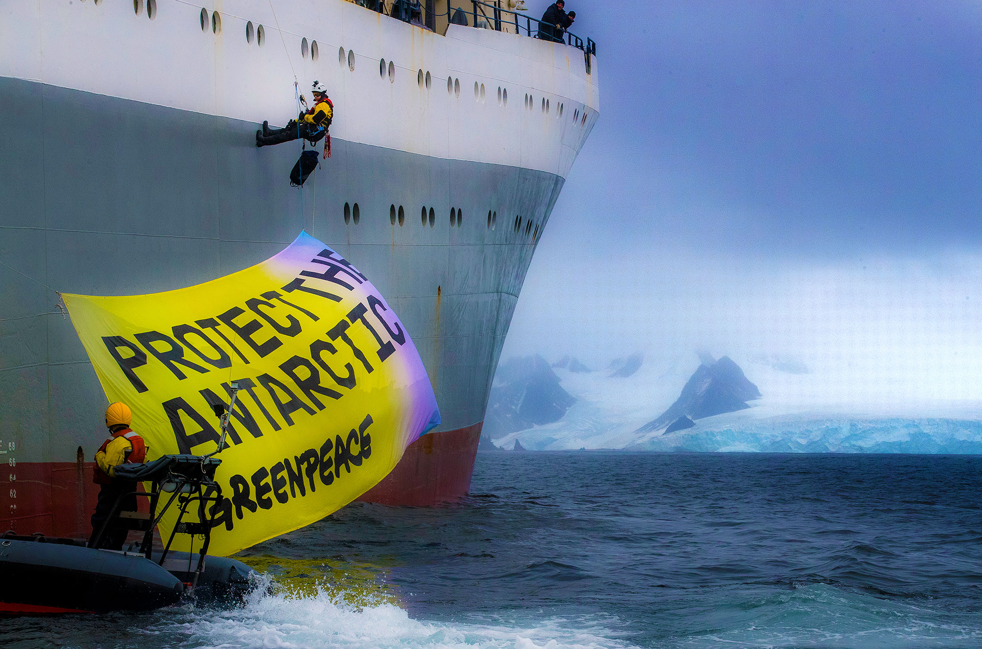 Lovers-Greenpeace-Antarctic-015